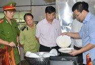 Hà Nội: Bị kiểm tra đột xuất, cơ sở sản xuất nước giải khát phải đóng cửa