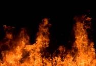 Vợ bị chém cùng chồng tử vong trong căn nhà cháy