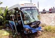 Một tài xế thiệt mạng, một tài xế gãy nát chân sau tai nạn liên hoàn