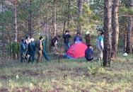 Nam du khách tử vong trong lều vải trên núi