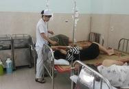 Vụ 26 người ngộ độc hải sản: Loại nước người bệnh cần uống trước khi đưa đến bệnh viện?