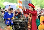Dàn sao Việt và hàng nghìn khán giả về đền thờ của Hoài Linh cúng Tổ