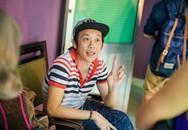 Hoài Linh ăn vội trong hậu trường live show Kiều Minh Tuấn
