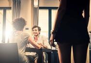 Nhờ bạn thân thử lòng chồng, người đàn bà nhận cái kết đắng
