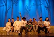 Chuyện Của Dòng Sông Đỏ: Tùng Dương múa, Khánh Linh đóng vai phi tần