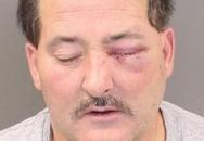 Chồng bắn vợ vì tội cắn mất miếng bánh sandwich phô mai