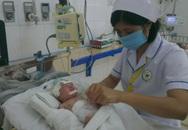 Bé sơ sinh vừa chào đời đã viêm phúc mạc bào thai