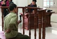 Lái xích lô chở tôn làm chết bé 9 tuổi, ôm lưng ngồi trả lời xét hỏi