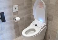 Vì sao khách sạn lắp điện thoại trong nhà vệ sinh?