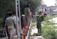 Người thân khóc ngất bên thi thể đàn ông trôi sông Sài Gòn