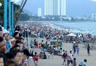 Du lịch biển bội thu dịp lễ nhờ nắng nóng