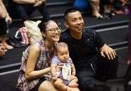 Vợ Chí Anh mang con đến cổ vũ chồng tập liveshow Khánh Thi