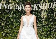 Kim Tuyến diện váy cưới, khoe lưng trần trong đêm tiệc