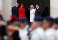 """Ông Trump khen vợ ông Macron có """"thân hình đẹp"""""""