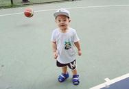 Ly 'Kute' khoe ảnh con trai 'quậy' ở sân bóng rổ