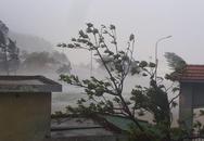 """Hình ảnh Hà Tĩnh - Quảng Bình """"vật lộn"""" trong thời khắc tâm bão đổ bộ"""