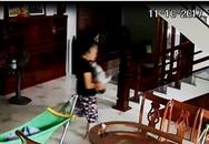 Bố run rẩy khi thấy con gần 5 tháng tuổi bị bảo mẫu đánh, giật lắc