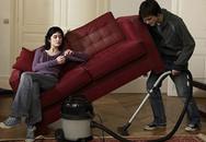 Mới cưới 2 tuần, vợ đòi ly dị vì chồng tranh làm hết việc nhà