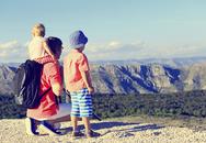Lý do không cần tốn tiền cho con du lịch nước ngoài từ nhỏ