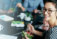 Những mẹo hay giúp bạn tiết kiệm tiền khi đi ăn hàng