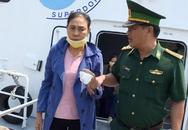14 người chìm canô ở Kiên Giang được cứu nhờ đèn điện thoại