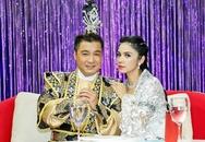 Việt Trinh hóa Bạch Xà, đùa nghịch bên Lý Hùng