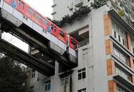 Tàu điện đi xuyên qua chung cư 19 tầng ở Trung Quốc
