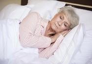 Mẹo đơn giản giúp ngủ ngon hơn dành cho người lớn tuổi