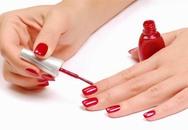 Dừng ngay việc sơn móng tay khi biết nó độc hại đến mức này