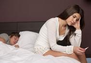 Những kiểu tránh thai thủ công của nàng khiến bác sĩ 'khóc thét'
