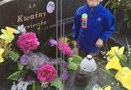 Cậu bé ung thư sắp chết xin được chôn bên mộ mẹ
