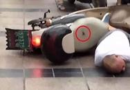 Đang vi vu xe máy, người đàn ông bất ngờ bị sét đánh trúng