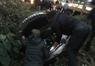Mua ô tô tặng vợ ngày 8/3, gặp tai nạn ngay khi ra khỏi showroom