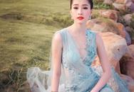 Váy mỏng như sương, sao Việt khiến người đối diện căng mắt vì tò mò