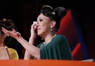 Việt Hương khóc và hứa chu cấp 5 triệu mỗi tháng cho chàng trai mồ côi