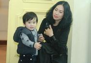 Vợ và con trai Tùng Dương lần đầu lộ diện công khai