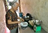Quán cháo lòng 30 năm nức tiếng phố cổ: Ngày bán 300 bát