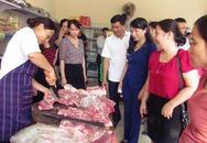 Trong 1 buổi sáng, quầy thịt lợn sạch bán hết veo 100 con