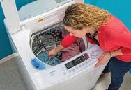 Quen tay dùng máy giặt như thế này bảo sao tốn tiền, hại máy