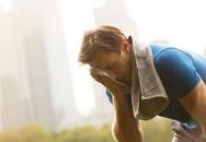 Uống nước đá, tắm gội ngày nắng nóng dễ gặp những nguy hiểm này