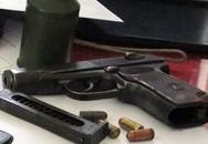 Vợ chồng mở 'xưởng', bán súng đạn qua mạng