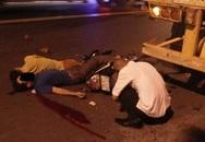 Đâm vào container, hai thanh niên chết thảm