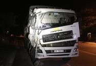 Tài xế xe khách giường nằm tử vong tại chỗ sau cú va chạm với xe tải