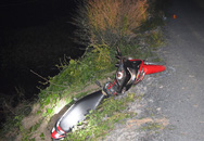 Nam thanh niên chạy xe máy rơi xuống mương tử vong