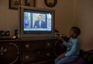 Xem tivi cùng bố mẹ tác động tích cực đến khả năng học tập của trẻ