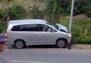 Toyota Innova đâm liên hoàn trên phố, 4 người bị thương