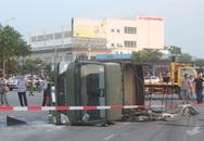 Va chạm ô tô 7 chỗ, xe chở cảnh sát lật trên đường