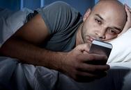 Nếu không muốn tinh trùng yếu và ít, đàn ông phải bỏ ngay những thói quen sau khi đi ngủ
