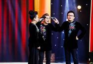 Việt Hương - Đại Nghĩa đấu súng trên sân khấu