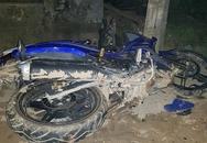 Xe Exciter tông cột điện, hai thanh niên tử vong tại chỗ